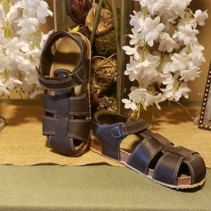 Boys Size 4 Sandals